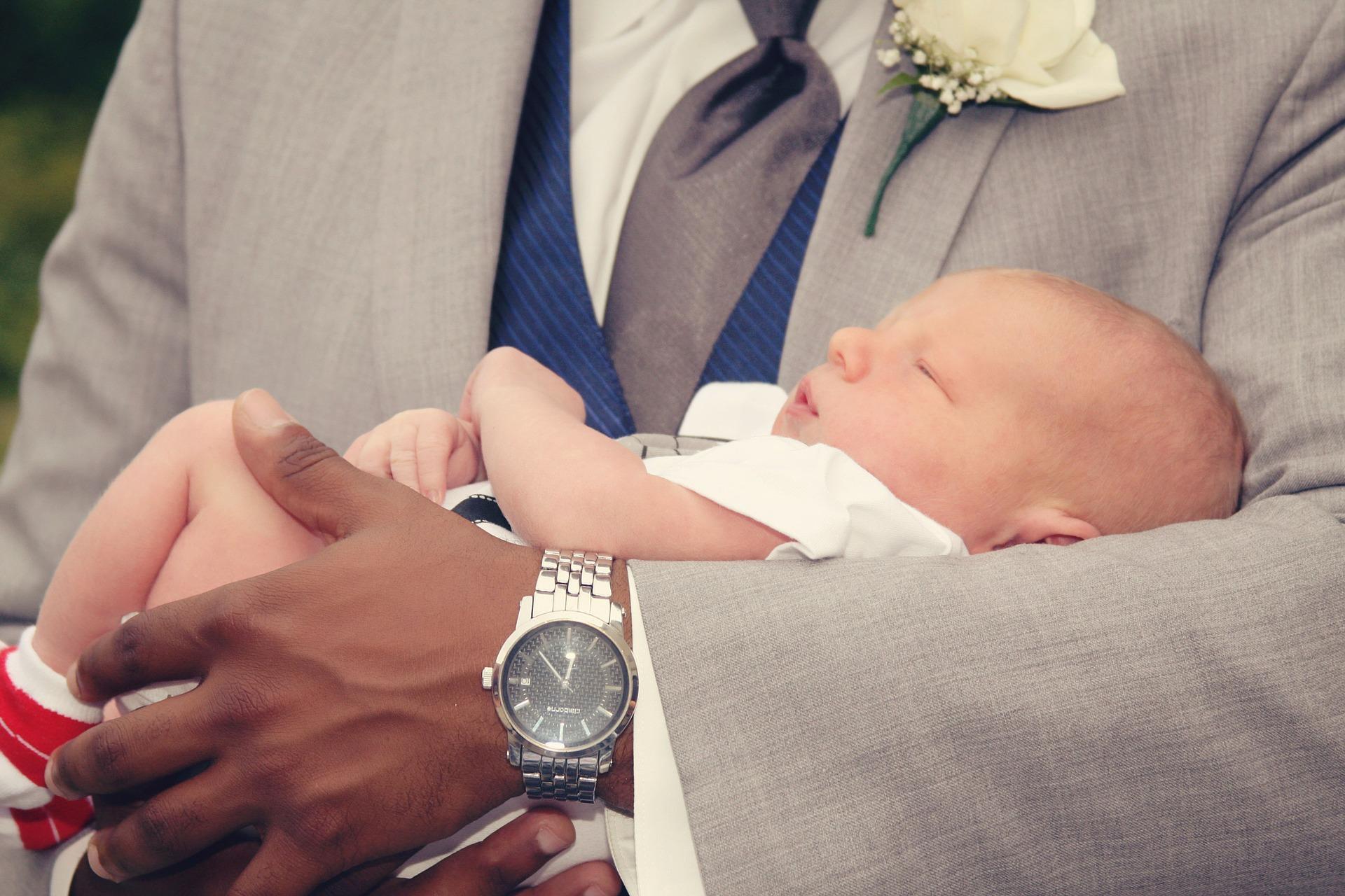 Wer lässt sein Kind frei taufen und warum?